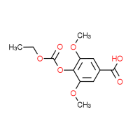 4-[(Ethoxycarbonyl)oxy]-3,5-dimethoxybenzoic acid